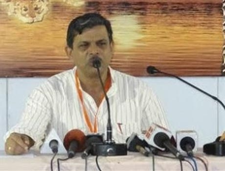 Award returning a naked display of subverted aspirations: Hosabale