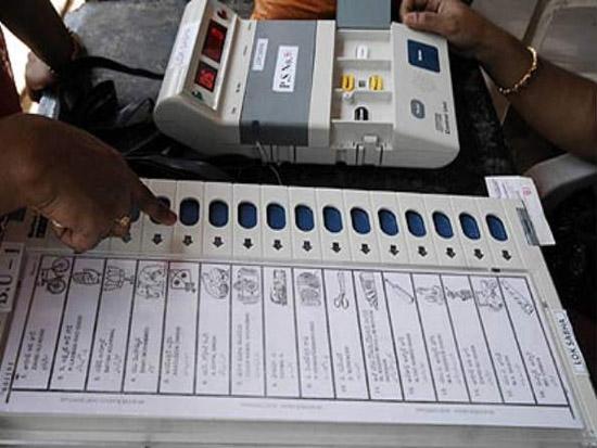 उपचुनाव : देश के छह राज्यों तथा एक केंद्र शासित प्रदेश में मतदान जारी