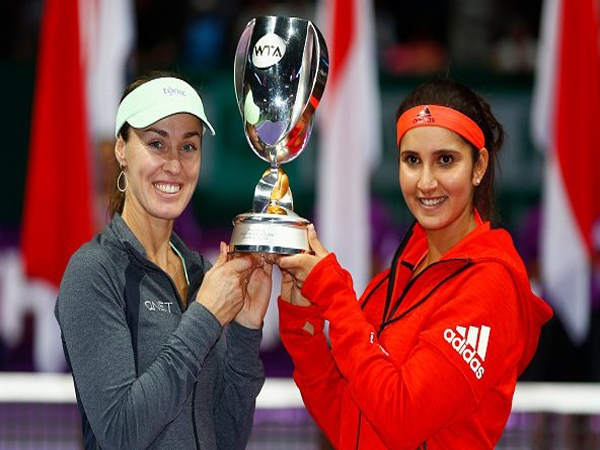 9th title of the year; Sania Hingis shows their dominance at WTA Finals