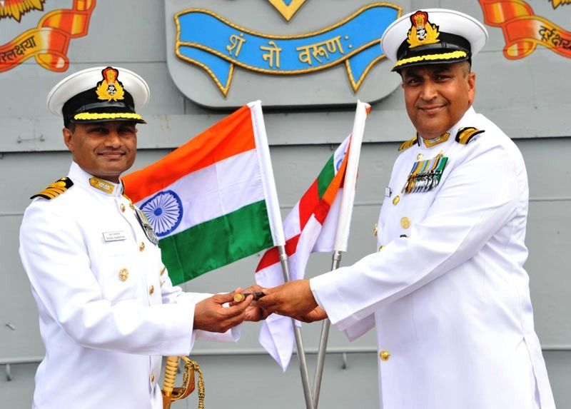 Captain Swaminathan takes over as Command of Aircraft carrier INS Vikramaditya at Karwar