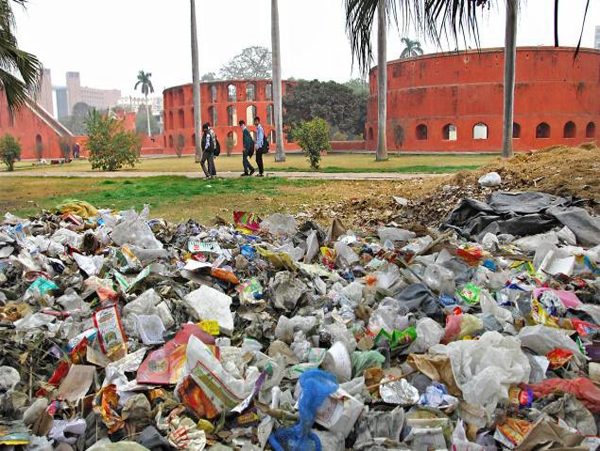 Center sanctions Rs 3250 cr for 'Clean Delhi'; states that cleanliness drive is not for PM's glorification