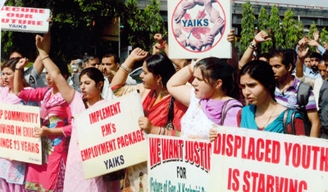 Centre declares Rs 2000 cr rehab package for Kashmiri migrants
