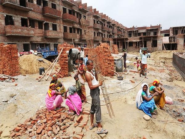 Govt urges 13 cities to ensure online sanction of building permits