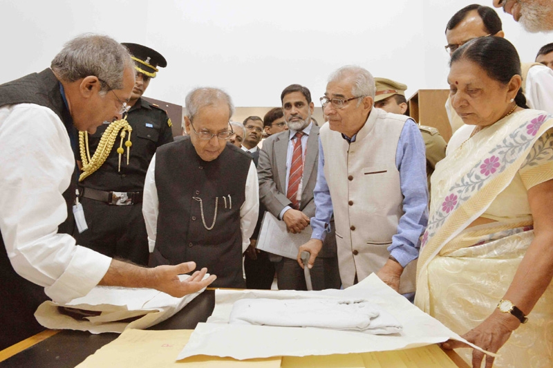 Swachh Bharat for Bapu implied a clean mind, clean body and clean environment says President