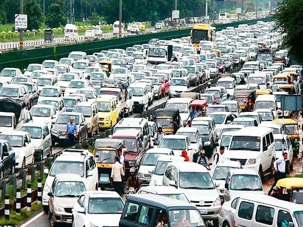 5000 job bearers' in Delhi-NCR get unemployed as SC bans diesel cars