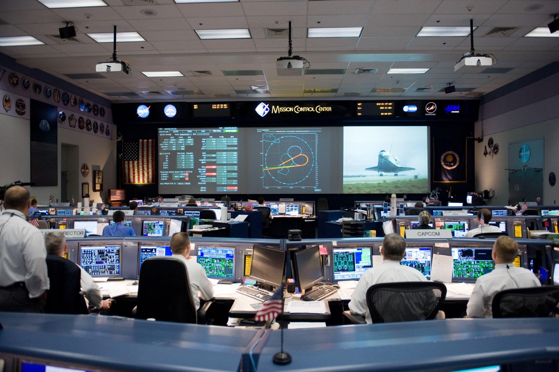 NASA offers dream job for aspiring astronauts; accepting applications for future explorers
