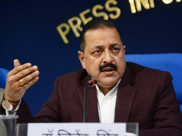 Jitendra lauds ISRO's  achievements in last 1 year; says 'Chandrayaan-2' to land on moon in 2017