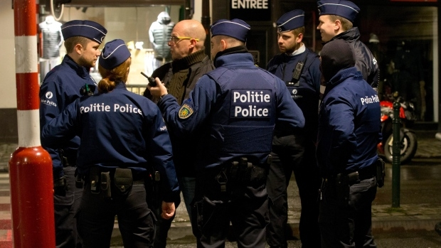 Brussels shopping centre on high alert after police arrests suspected man with explosives