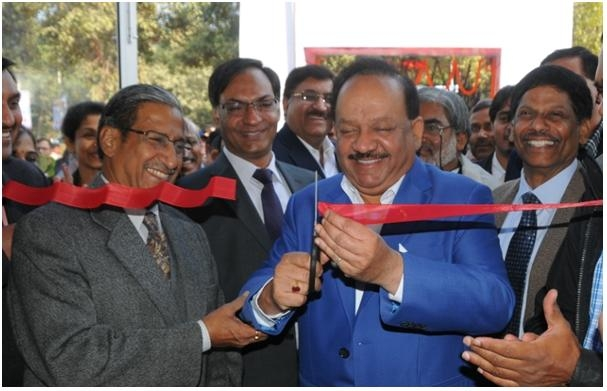 PM Modi's programmes need support from scientific community and industry says Vardhan