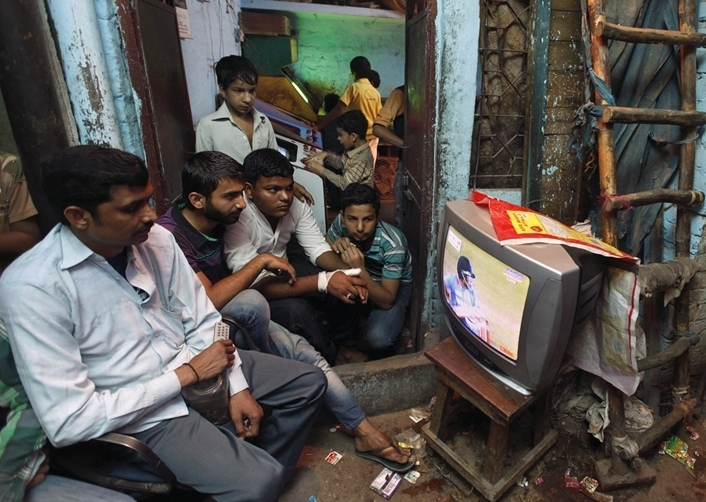 Digitization of cable TV underway; services in Urban Areas to go digital from 1st January 2016