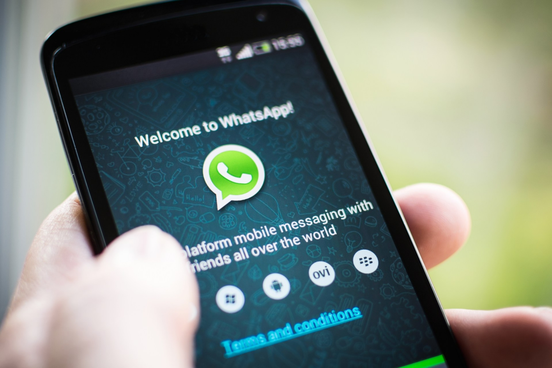 Instant messaging apps and WhatsApp are the first things people check in morning, says Deloitte