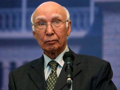भारत द्वारा सिंधु जल समझौता रद्द करना युद्ध की कार्रवाई के समान होगा: सरताज अजीज
