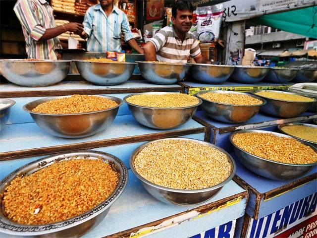 Government sets up panel to create long term strategies on shortage of pulses