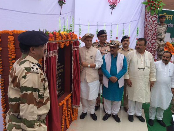Rajnath meets ITBP Jawans in Jammu and Kashmir; says they are not only 'Himveers' but also 'Himalyaputras'