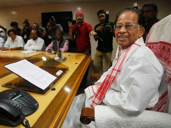 Assam CM Gogoi urges PM Modi to chalk out a special package for tea garden workers of the state
