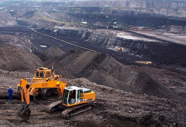 Goyal launches web portal for star rating of major mineral mines; will help evaluation of measures