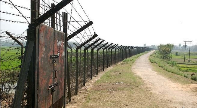 Work on installing 'smart fence' along Indo-Pak border will begin soon