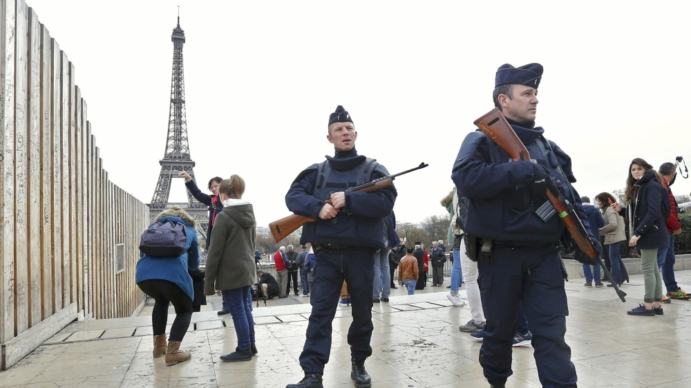 Emergency in France will continue till ISIS is defeated says France PM Manuel Valls