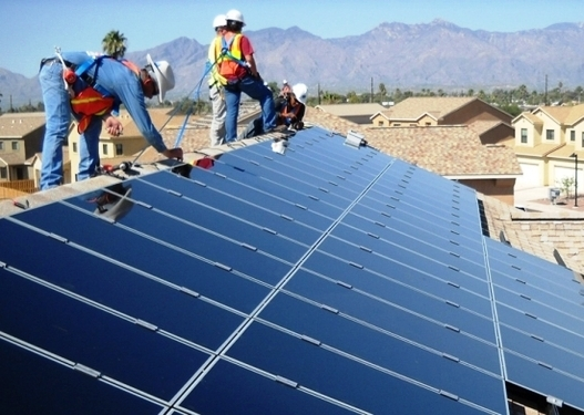 Centre to provide assistance of Rs.352 cr to fit solar panels in 10,000 EWS houses of Tamil Nadu