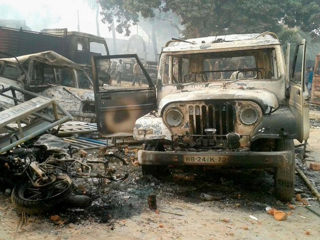 Home Ministry seeks report from Mamta on violence in Malda violence