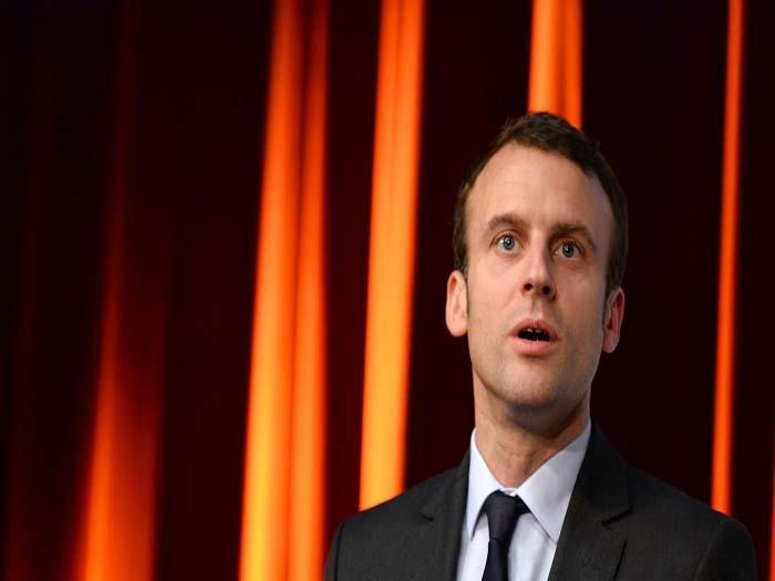 Hollande's one-time protégé Emmanuel Macron joins French presidential race
