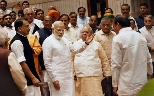 PM Modi directs NDA MPs to fan out and spread words about the benefits of demonetisation
