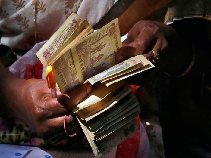 Chhattisgarh Naxalites force people to deposit their 'black money' in banks