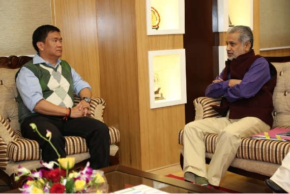 MM Kutty calls Arunachal  Chief Minister Pema Khandu to discuss demonetization