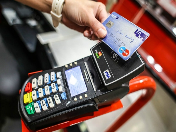 Govt exempts central excise duty from point of sale devices to encourage digital payments