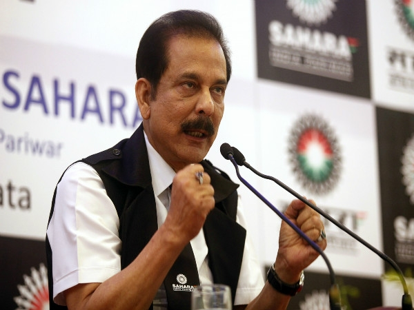 Supreme Court directs Sahara chief Subrata Roy to deposit Rs600 crore by 6 Feb to remain on bail