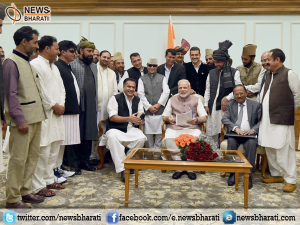 J&K Panchayat leaders brief PM Modi about development issues concerning the State