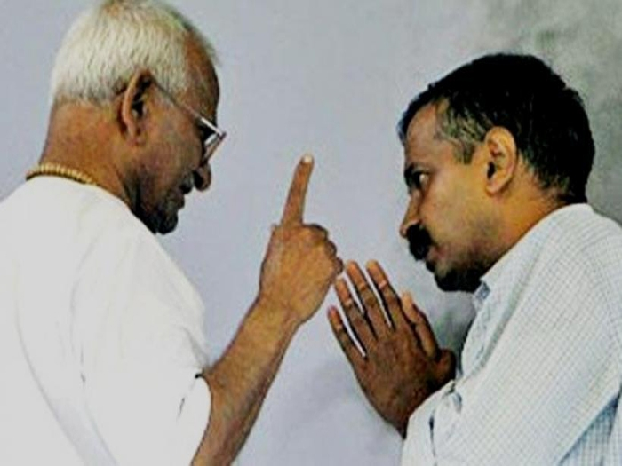 Anna Hazare accuses Kejriwal of going back on his promise