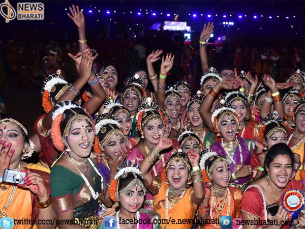 """Maha Brinda Natyam"": Largest Kuchipudi dance enters into the Guinness Book of World Records"