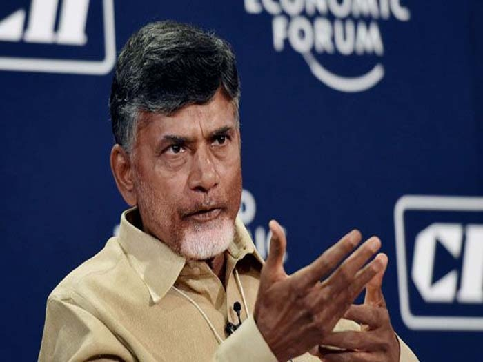 Naidu throws weight behind govt on note-ban issue, allays people's fears