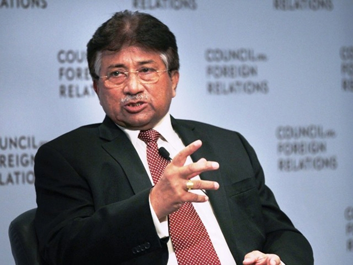 Raheel Sharif helped me escaping Pakistan by influencing Court; Musharraf reaveals
