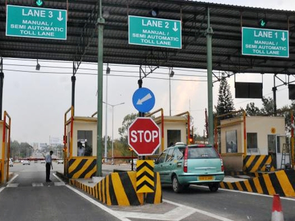 India to have all the 360 toll plazas into e-Tolling system operational by April