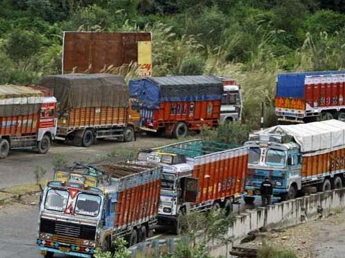 ASSOCHAM appeals government to ease cash limits for transport & logistic fleet operators
