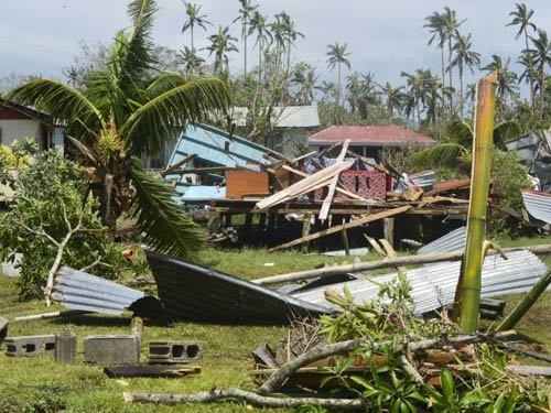 Government provides 40 tonnes of foreign aid to cyclone hit Fiji by Air Force plane