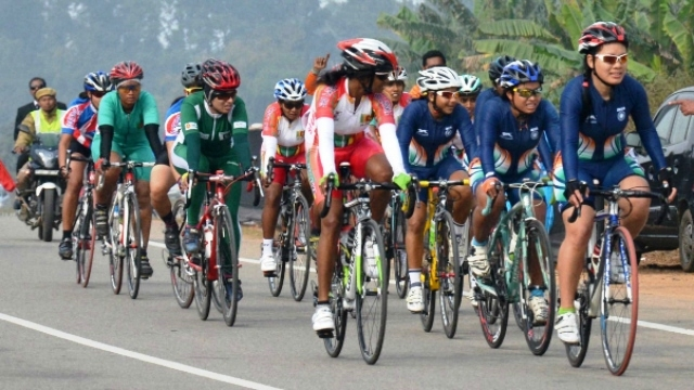 #SAG 2016: Indian cyclists dominates on the third day, men and women team bags Gold Medal