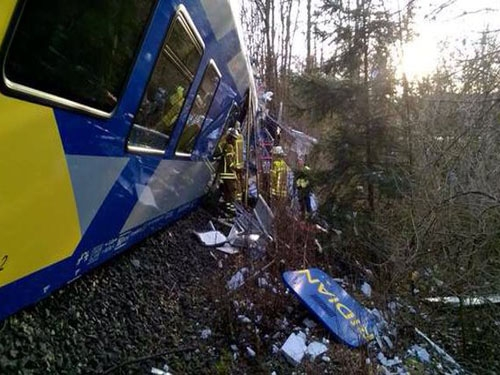 Two trains collides in southern Germany, 4 killed and about 100 injured