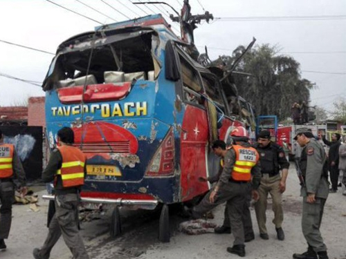 15 killed and 30 injured in a bomb blast targeted at government employee bus in Pakistan