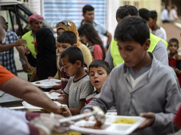 UN distributes food voucher for apt distribution in Yemen to aid 1.2 lakh refugees