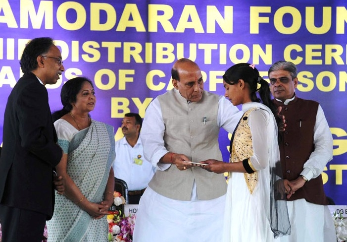 Rajnath provides educational assistance to children of martyred CAPFs personnel; distributes 300 scholarship cheques