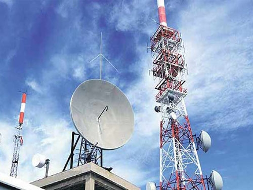 Telecom operators fined Rs. 323 crore during nine months of current fiscal by Government