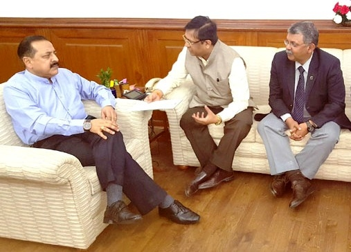 PHD Chamber representatives meet Jitendra; offer to invest in NE region and turn into a trade hub