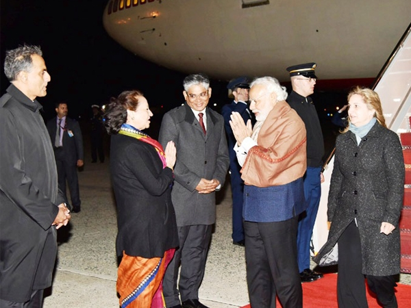 PM Modi arrives in Washington DC to attend Global Nuclear Security Summit to discuss nuclear threat perceptions