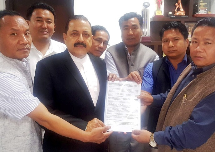 Jitendra meets Manipur Councillors; discusses on issues pertaining to hill areas of Manipur