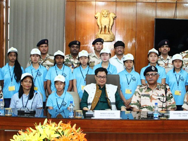 Rijiju meets Arunachal students, advises to inculcate discipline and work for the country