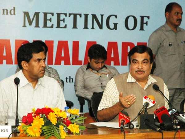 National perspective plan on Sagarmala approved; Gadkari terms 2015-16 a historic year for port sector