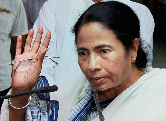 EC issues notice to Kolkata CM over violation of model code after Asansol rally